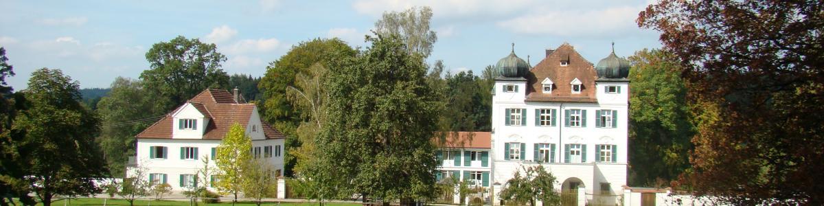 Freiherrlich von Aufseß´sches Altenheim Schloß Elmischwang GmbH cover